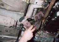 Снятие приемной трубы двигателя ВАЗ-2112