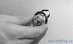 Снятие и установка замка передней двери ВАЗ-2170