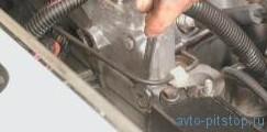 Замена успокоителя цепи привода распределительного вала Шевроле-Нива