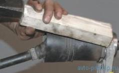 Замена подшипника и сальника корпуса внутреннего шарнира привода переднего моста Шевроле-Нива