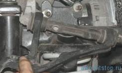 Снятие и установка верхнего рычага передней подвески Шевроле-Нива