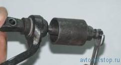 Замена сайлентблоков  верхнего рычага передней подвески Шевроле-Нива