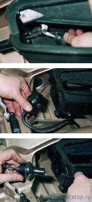 Снятие клапана управления заслонкой рециркуляции и электропневмоклапана ВАЗ 2110-2112