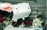 Снятие катколлектора двигателей ВАЗ-21114 и ВАЗ-21124
