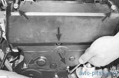 Проверка натяжения ремня привода ГРМ двигателя ВАЗ-2112