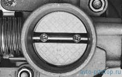 Проверка и регулировка троса привода дроссельной заслонки ВАЗ (ЭСУД)