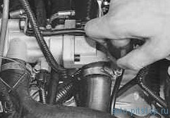 Замена термостата двигателя ВАЗ 21124, 21126