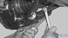 Замена рычага передней подвески ВАЗ-2170