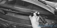 Снятие, разборка и установка очистителя ветрового стекла ВАЗ-2170